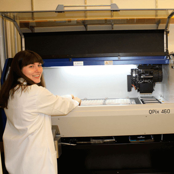 Harvard Medical School uses QPix Colony Pickers to Map Networks of Macromolecular Interactions